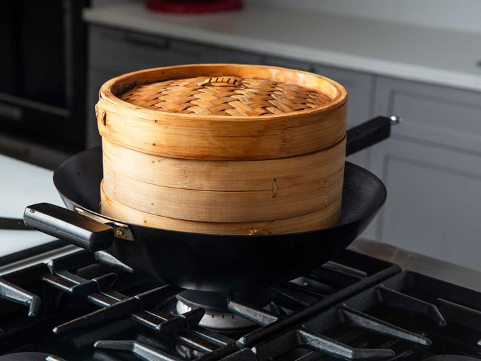 How Do You Use a Bamboo Steamer at Home
