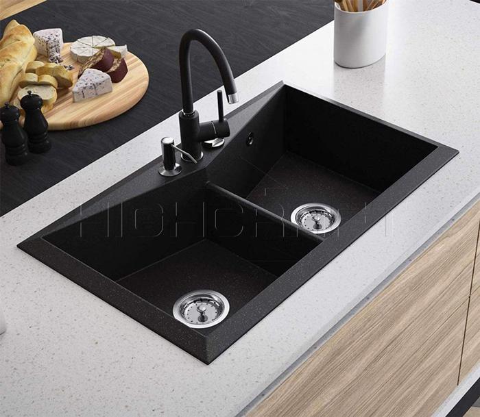 How Does a Kitchen Sink Strainer Work